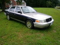 Ford - Crown Victoria - 2005 Woodford