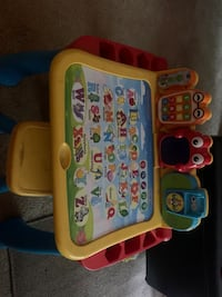 VTEC touch and learn activity desk deluxe