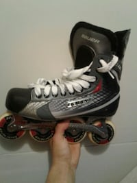 black and gray Bauer inline skate shoe St. Catharines, L2R 2N8