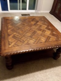 Coffee table and matching end table  Turlock, 95382