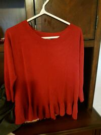 Sweater red  Vancouver, V5R 4E3