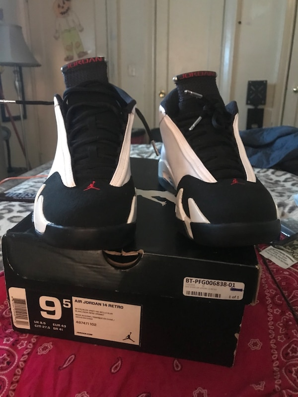 85969e00b52e6b Used Jordan s 14s blk toes mint for sale in New York - letgo