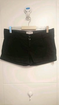 Short negro Bershka Madrid, 28032