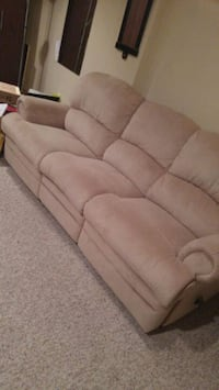 Tan faux suede 3-seat recliner sofa Richmond Hill