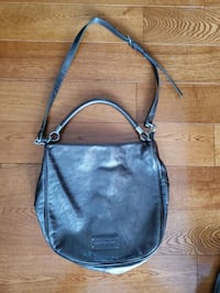 Marc Jacobs silver leather purse Mississauga, L5M 7G9