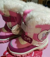 NWT size 9 toddler snow boots Markham, L6C