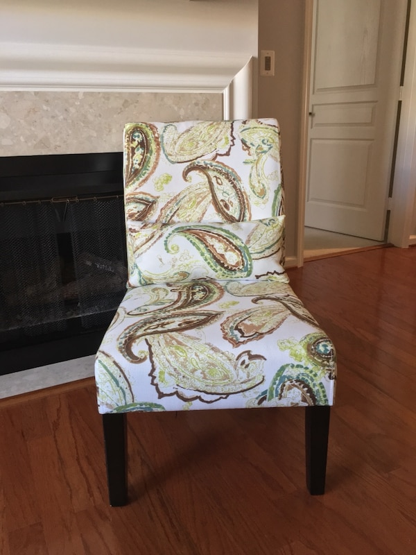 Ashley Annora Accent Chair df72ecb1-1eb7-47e0-b609-8fc7fa7537b8