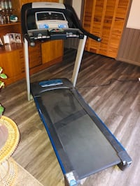 Horizon Treadmill CT 5.2! Toronto, M3A 2R6