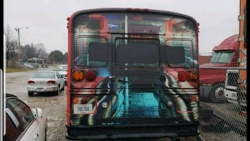 International  - party bus  - 1990 shell only
