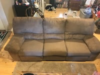 Reclining couch  Prineville, 97754