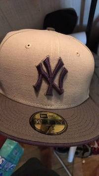 gray and black New York Yankees fitted cap Jackson, 08527