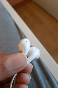 Apple iPhone 4 headphone funker perfekt. Bydel Bjerke, 0598