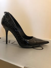 Black leather stilettos Ottawa, K1J 6G6