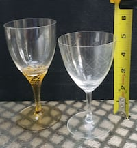 2 Vintage wine glasses Burlington, L7L 6H8