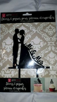 Mr &  Mrs wedding cake topper decoration