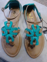 Rue 21 size 10 new with tags teal sandals