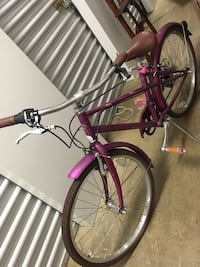 Girls/teen Pink bicycle Alexandria, 22309