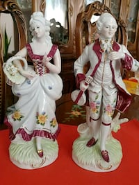 Set of 2 vintage, collectibles, 10 inches tall Laval, H7V 2V5