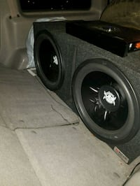 Subwoofers and amp for sale Alexandria, 22314
