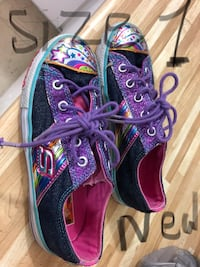 Purple-and-black low-top sneakers 719 km