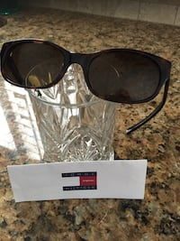 Tommy Hilfiger sunglasses Port Charlotte, 33952