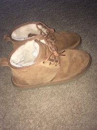 Uggs size 10 men Norfolk, 23502