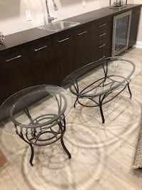 Coffee table with glass insert