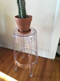 Lucite stool Los Angeles, 90010