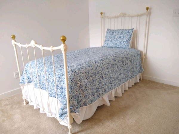 Vintage Iron Bed Frame Twin