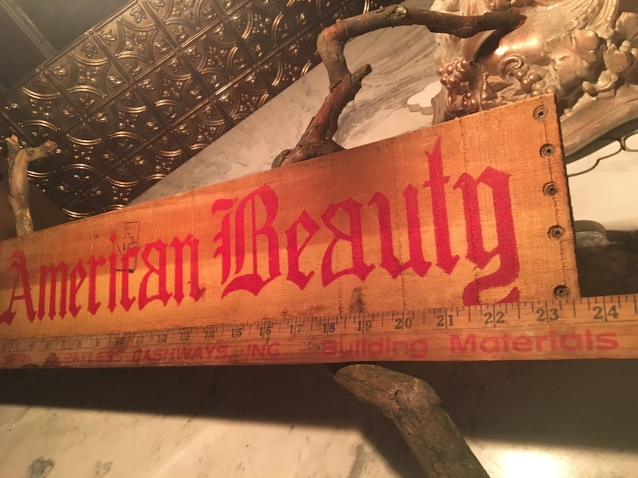 Photo RARE Antique American Beauty Crate Panel