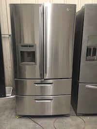 Lg Four door fridge 850 Hesperia, 92345