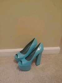 pair of teal peep toe platform stilettos Silver Spring, 20904