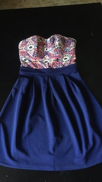 women's blue and yellow floral sleeveless dress La Quinta, 92253