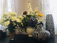 All items for $75 2 vases and 2 flower arrangements  Gaithersburg, 20878