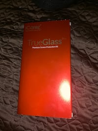 ICarez true glass screen protection kit. 2 screen protectors Chicago, 60617
