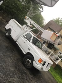 Ford - F-350 - 1988 Bucket Truck Clifton Heights, 19018
