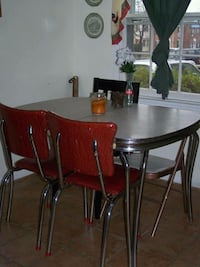 Retro 3pc Table and 2 Chairs  Frederick, 21703