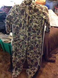 Like new full insulated camo body suit