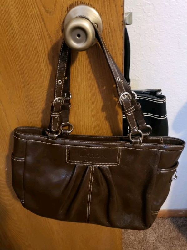 5f60e8b95b Used Coach leather bag for sale in Big Lake - letgo