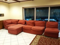 Sectional couch pottery barn Hialeah, 33012