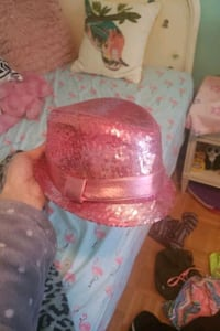 Kids pink sequin hat London, N6B 1X6