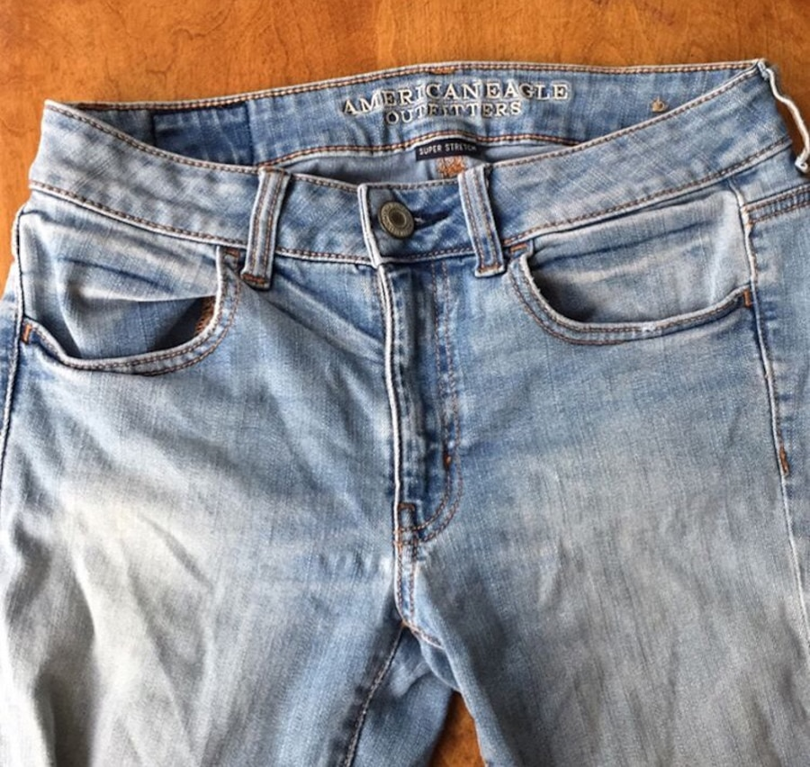 american eagle jeans-size 6