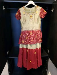 Dark Red and Beige Two Tone Indian Outfit Vaughan, L4L 8Y6
