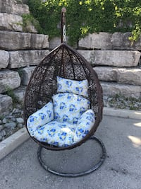Swing chair new style brand new 马卡姆, L3S 1W3