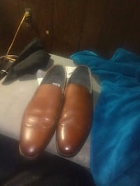 pair of brown leather dress shoes District Heights, 20747