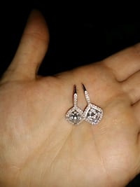 Real Diamond earrings  Shepherdstown, 25443
