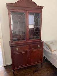 Antique hutch Orchard Hills, 21742