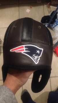 8e26a468c5ce3a I have an old style new England patriots hats for sale. Get it before the