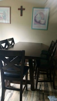 6-9fttable6 chairs Coldspring, 77331