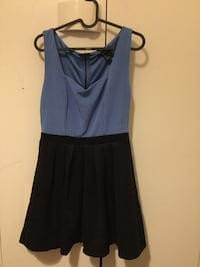 mini vestito sleeveless blu e nero